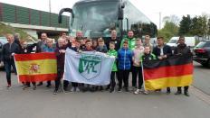 U-13 des VfL Bückeburg vor der Abfahrt nach Barcelona