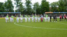 Die Einlaufkids des VfL Bückeburg