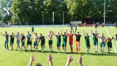 Erlösung mit dem Verbleib in der Bezirksliga für die U-23 nach dem Sieg gegen den TSV Hagenburg